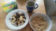 Breakfast: homemade trail mix w/ raisins, banana chips, peanuts, sunflower seeds, & kettle corn. Plain oatmeal, w/ organic peanut butter and honey. Acai blueberry green tea