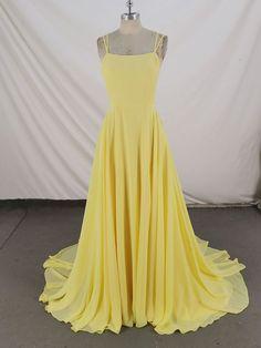 Yellow Evening Dresses, Pretty Prom Dresses, Yellow Dress, Homecoming Dresses, Cute Dresses, Beautiful Dresses, Formal Dresses, Dress Outfits, Cute Outfits