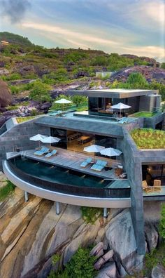 Modern Architecture House, Architecture Design, Dream Home Design, House Design, Unusual Hotels, Fancy Houses, Modern Mansion, Luxury Homes Dream Houses, Building Exterior