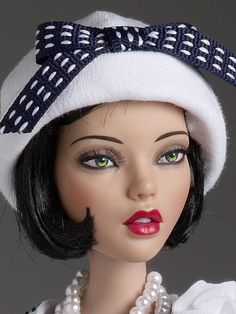"#pinned Deja Vu ""Thoroughly Modern - Outfit"" $89.99 - 2014 Mainline - head shot photo. #dollchat ^kv Vintage Barbie Dolls, Mattel Barbie, Doll Head, Doll Face, Living Dolls, Barbie Accessories, Barbie World, Barbie Friends, Collector Dolls"