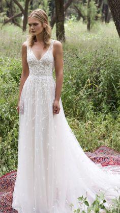 Wedding Dress: Limor Rosen
