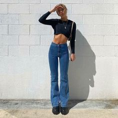 Flare Jeans Outfit, Denim Flare Jeans, Denim Flares, Denim Pants, Mom Jeans, Trousers, Flare Pants, Most Comfortable Jeans, Vintage Denim
