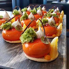 "Polubienia: 4,359, komentarze: 27 – David Vidal (@vidal31) na Instagramie: ""Orange and Basil #silikomartprofessional #sodersgourmet #pastry #pastrychef #patisserie…"""