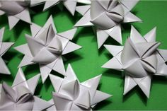 Ung Husflid – Ting å lage: Luke 8: 3D stjerne i papir