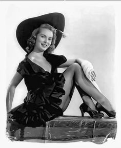 Janet Leigh. Another perfect Pin Up Girl Pose. Tasteful and gorgeous!
