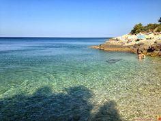 Le più belle spiagge della Croazia per i bambini: informazioni utili per organizzare un viaggio in Croazia dall'Istria fino alla Dalmazia passando per il Quarnaro.