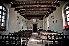 Inside Mission Espada. Oohh! How I would have LOVED to have been married in here!