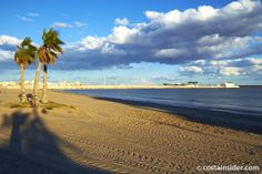 Playa de los Naufragos is beach in Torrevieja, Alicante, Spain. Map and Photos for Playa de los Naufragos and other beaches in the area are available. Torrevieja, Beaches, Water, Outdoor, Alicante Spain, Calla Lilies, Towers, Beach, Gripe Water