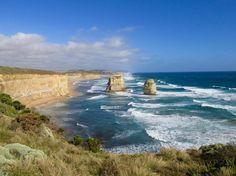 Take me back to Australia  #fernweh #australia #betsy #roadtrip #greatoceanroad #saschiii @scotty.gray by kathafli