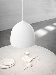 Lámpara Suspence - Lightyears by Fritz Hansen - Marcas Fritz Hansen, Pendant Lamp, Pendant Lighting, Rose Gold Lamp, Ceiling Lamp, Ceiling Lights, Berlin Design, Kitchen Lamps, Lamp Design