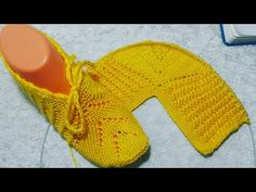Slippers, Quilts, Fashion, Scrappy Quilts, Craft, Slipper, Bebe, Moda, Fashion Styles