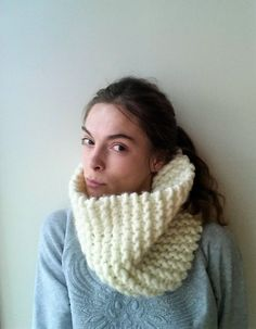 Items similar to Chunky White Cowl/Knit White Cowl/Knit Chunky Scarf Knitted Cowl/Chunky Knit Infinity Scarf/Knit Cowl Scarf/White Knit Scarf/Ready to ship on Etsy Chunky Knit Scarves, Scarf Knit, Loop Scarf, Circle Scarf, Knit Cowl, Cozy Knit, Hand Knitting, Knits, Knitwear