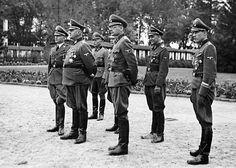 SS-Obergruppenführer Gottlob Berger indviede en mindehøj for faldne danske østfrontfrivillige på Schalburgskolen på Høveltegård 2-6-44, SS members at Høveltegård. Fra venstre mod højre: 1: Werner Best - 2: Gottlob Berger - 3: K. B. Martinsen - 4: Ukendt - 5: Bruno Boysen - 6: Erich Spaarmann - 7: Werner Blessau - See more at: http://samlinger.natmus.dk/FHM/17364#additional-info
