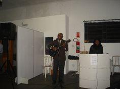 Irmão José louvando a Deus em 2012