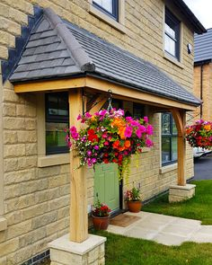 Lean To Oak Porch on New Build Development in Clitheroe. Part of Taylor Wimpey Homes. Lean To Roof, Hip Roof, House With Porch, House Roof, Porch Roof Design, Small Back Porches, New Build Developments, Porch Extension, Porch Canopy