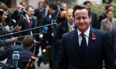David Cameron to bow to public pressure and allow 'thousands' of Syrian refugees to come to the UK   #DavidCameron
