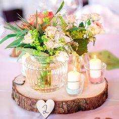 Die Vintage Deko ist ein Traum: sommerlich in Mint und korall! Mehr gibt es heute auf dem Blog!   Foto @nataschagrunert #weddinginspiration #wedding #hochzeit #bride #braut #instawedding #instabraut