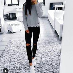 http://www.shopamiga.com Frío?  #shopamiga #fashion #moda #belleza #modamexicana #mexicofashion #ropa #jeans #style #cdmx