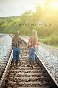 Walking down the tracks holding hands Bestfriends, Besties, Bff, Friend Pics, Best Friend Pictures, Best Friend Photography, Photography Ideas, Senior Pictures, Cute Pictures
