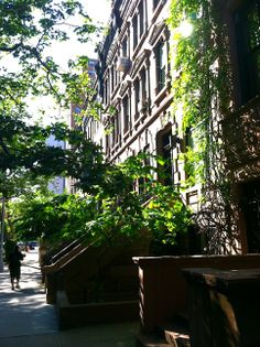 Tracy's New York Life | A Blog About Life in New York City: The Best Of: Manhattan Life Is Good...Years Later| Brownstones on the Upper West Side  http://www.tracysnewyorklife.com/2014/05/the-best-of-manhattan-life-is-goodyears.html#.U5ZpwZSwLUE