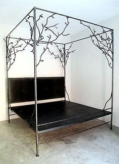 Tree bed to die for...