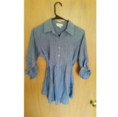 Denim top Cute top, has tie atound the waist Kirra Tops Blouses