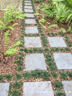 Garden Path Ideas: 10 Ways To Create A Beautiful Walkway - Gardening @ From House To Home - These garden path ideas are awesome! I found some great inspiration for the new gravel walkway with - Stone Garden Paths, Brick Garden, Garden Stepping Stones, Gravel Garden, Garden Steps, Easy Garden, Concrete Stepping Stones, Concrete Garden, Backyard Walkway