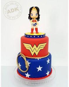 New Cake Birthday Women Design Party Ideas Ideas birthday woman ideas para mujeres Wonder Woman Birthday Cake, Wonder Woman Cake, Wonder Woman Party, Birthday Woman, Cake Decorating For Kids, Birthday Cake Decorating, Decorating Ideas, Birthday Presents For Him, Birthday Cakes For Women