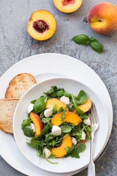 Summer in a bowl: Peach & Arugula Caprese Salad