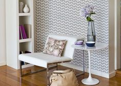 Decorating for Renters • Tips, Ideas and Tutorials! Including great ideas for removable wallpaper.