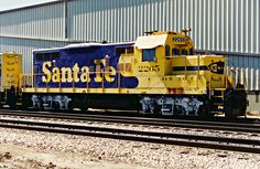 https://flic.kr/p/Nnj3YC | Santa Fe GP9 No. 2265 Sits At The Donald Duck Orange Juice Plant In Fullerton