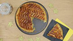 Pinky Cake, Galette des Rois à la Frangipane #galette #galettedesrois #frangipane #pinkycake #amande #patefeuilleteerapide #mercotte Bread, Cakes, Food, Almond, Sweet Recipes, Cake Makers, Brot, Kuchen, Essen