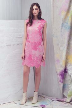 Tadashi Shoji Resort 2017: pink ombre lace stunner! I'm a big fan of the color pink and I would wear this dress in a heart beat!