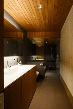 The-FRAME-House-by-Apollo-Architects-Ass