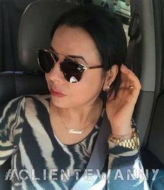 Mais um clique #clientewanny só para mostrar o escolhido de presente de #diadasmães da querida Marcia Lima: #Dior So Real exclusivo em couro ✨✨✨ Ficou perfeito em você Marcia!!  #elasqueremoculos #oticaswanny #oculosnovo #segunda #bomdia