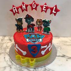 Tarta buttercream Pay Patrol y estrellitas. Birthday Cake, Desserts, Food, One Year Birthday, Pies, Sweets, Tailgate Desserts, Deserts, Birthday Cakes