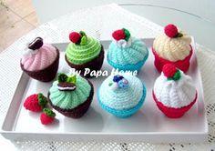 Jatujakoutlet: Odor Absorber - Crochet Cupcake (Activated Carbon inside)
