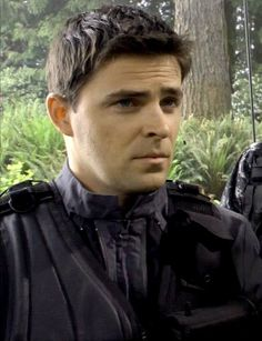 Kavan Smith as Major Lorne on Stargate Atlantis - did you know Lorne is an amazing painter?