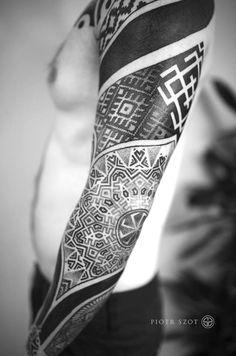 Slavic tattoos by Polish artists – Lamus Dworski