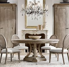 Looking for an idea to change the decoration of your living room? Give your couch or your chair a brand new protective cover! It will beautify your home at a lower cost. Round Dining Set, Rectangle Dining Table, Extension Dining Table, Modern Dining Table, Plywood Furniture, Dining Room Furniture, Dining Room Table, Dining Chairs, Room Chairs