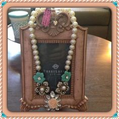Lovely Statement Pearl and Flower Necklace Gorgeous Pearl Necklace with Resin Flowers, Crystals and Rhinestones. NEW Jewelry Necklaces