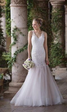 Sincerity Bridal - Style Embroidered Lace and Tulle Trumpet Gown with Keyhole Back Sincerity Bridal Wedding Dresses, Dream Wedding Dresses, Bridal Gowns, Wedding Gowns, Sophia's Bridal, Rembo Styling, Boho Chic, Cinderella, Pronovias