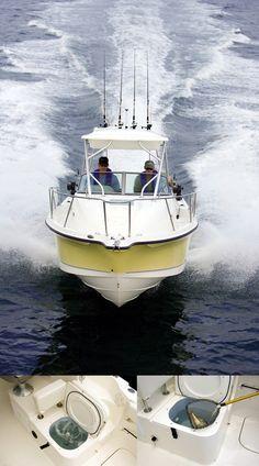 Barco Trophy con vivero a bordo, para que las viejas lleguen frescas al caldero! http://www.nauticaydeportes.com/barcos/trophy-2302-walkaround #barco #pesca