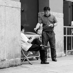 On Sunday we made our way into Beijing to meet friends for lunch. We met them down in the hutongs near the bell tower. We arrived a little early and took the time to explore the area.  #China #streetphotography #street #story #storytelling #visualstorytelling #storyteller #blackandwhite  #Bnw #blackandwhitephotography #bnwlife #bnw_life # # #documentary #documentaryphotographer #documentinglife #beijing #visitchina #hutong #stories #travel #traveldeeper #travelphotography #travelstoke…