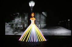 Hi-Tech Fashion: Dress Projection Mapping - French fashion designer Franck Sorbier unveiled his latest collection of haute couture for the Fall/Winter 2012-2013 that features a seamless (no pun intended) blend of fashion and technology.