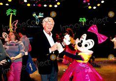 Minnie Mouse, Buddy Ebsen Photo - Buddy Ebsen and Minnie Mouse Photo:bob Kates/Globe Photos Inc Buddyebsenretro