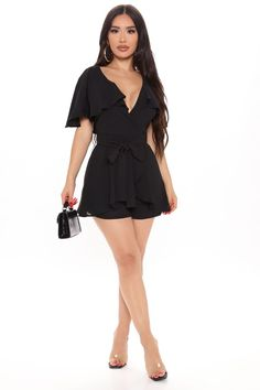 Stylish Outfits, Fashion Outfits, Janet Guzman, Black Romper, Hot Dress, Cold Shoulder Dress, Women Wear, Rompers, Clothes For Women