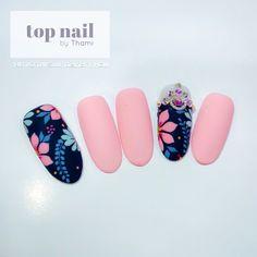 Pretty Nail Designs, Nail Art Designs, Cute Nails, Pretty Nails, Tammy Nails, Modern Nails, Nails Only, Geometric Nail, Minimalist Nails