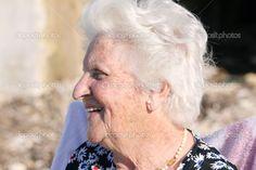 depositphotos_3009351-Smiling-old-lady.jpg (1023×682)