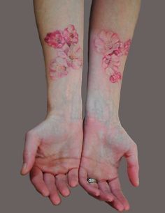 Big list of Arm Tattoo Designs for Women which will influence you for sure. These arm tattoo designs will attract attention where ever you are. Pink Flower Tattoos, Flower Tattoo Arm, Floral Tattoos, Tattoo Flowers, Pink Tattoos, Tulip Tattoo, Hibiscus Tattoo, Flower Sleeve, Sweet Tattoos